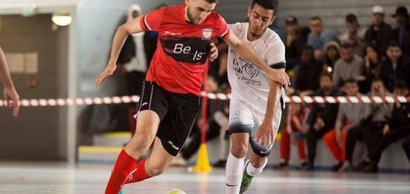 J1 : UJS Toulouse - FC Chavanoz (2-1)