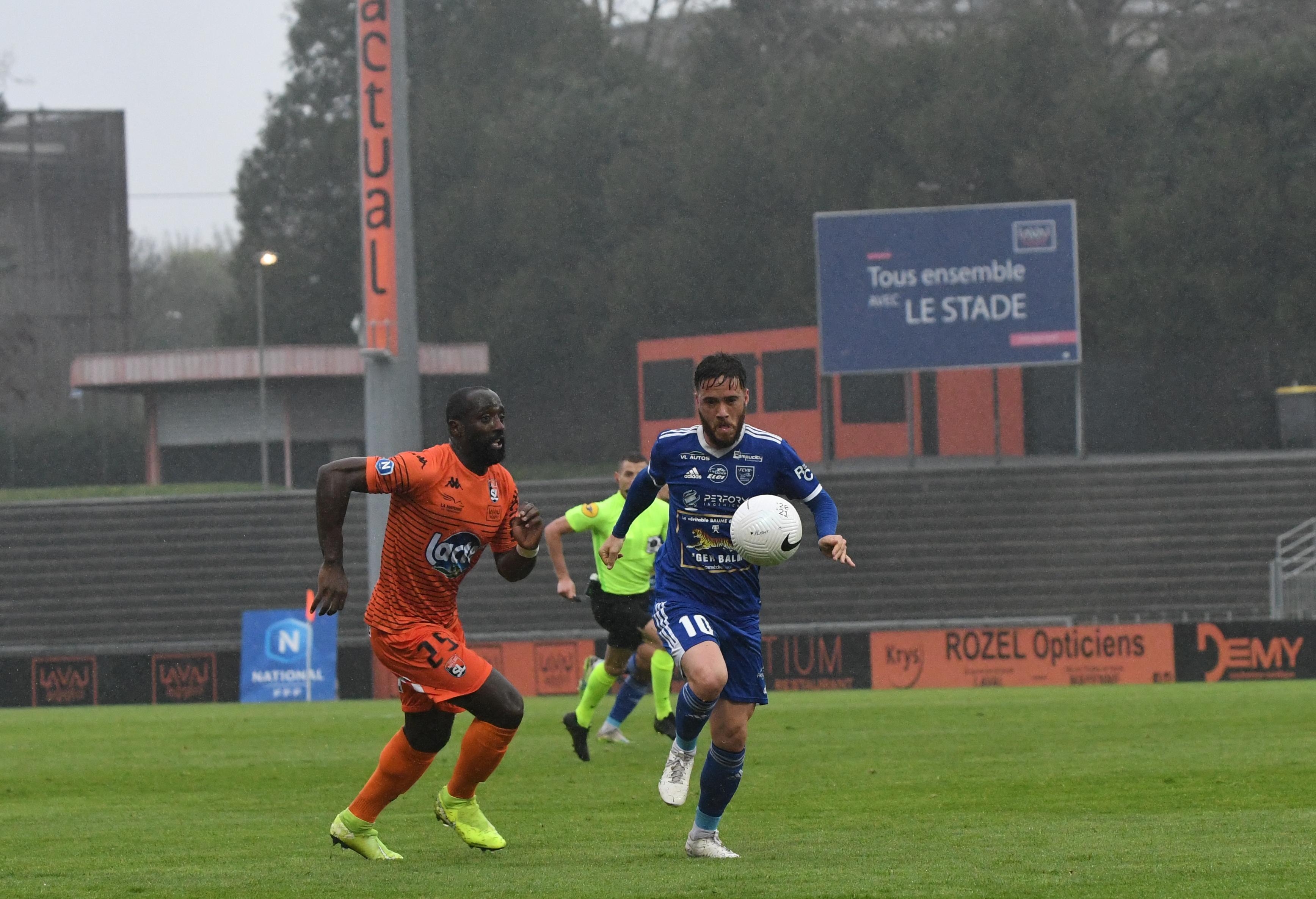 Edson Seidou (Laval) et Maxime Blanc (Villefranche-Beaujolais)