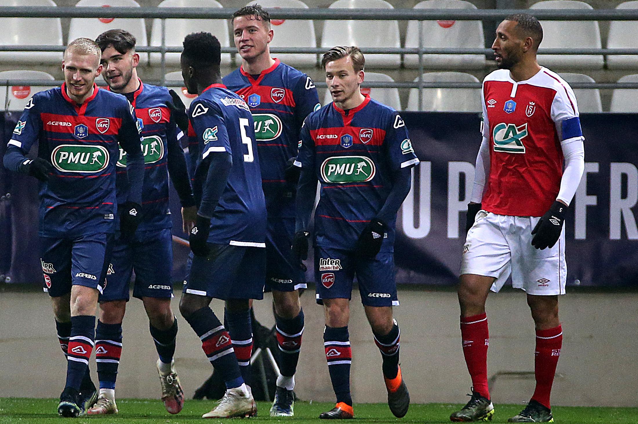 Valenciennes se qualifie à Reims