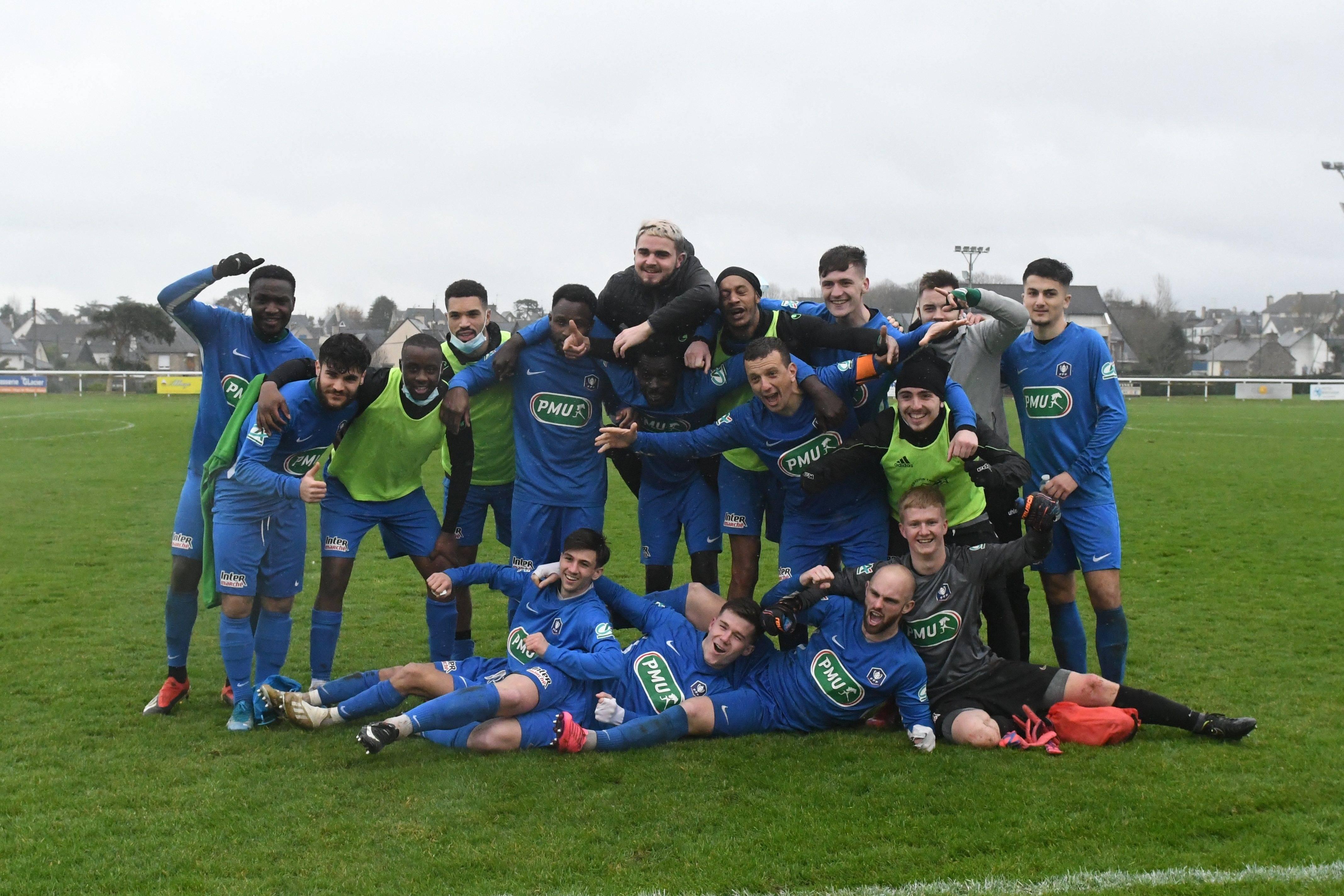 FC Dinard (R2) - Saint-Colomban Locminé (N3)