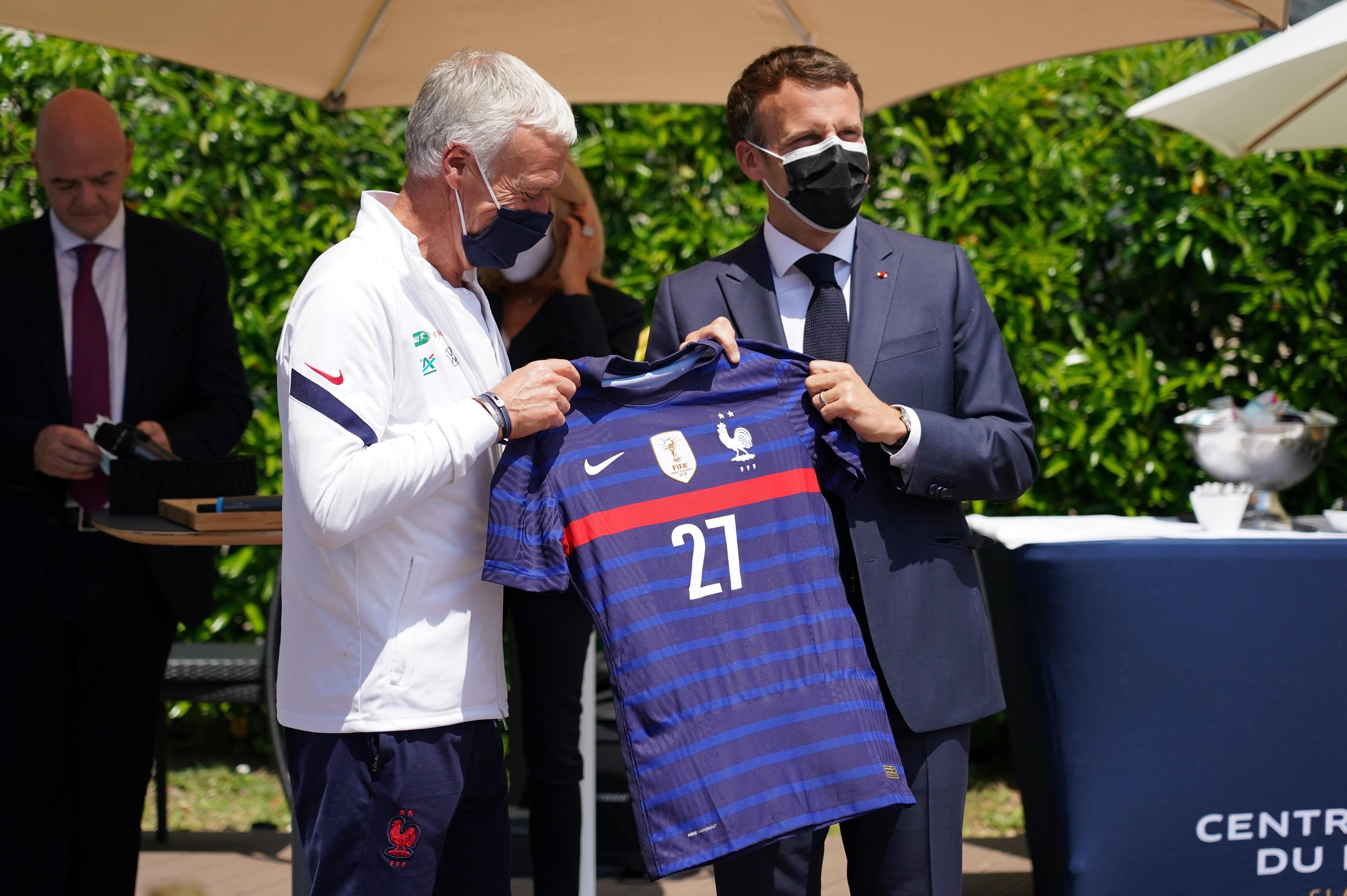 Emmanuel Macron Didier Deschamps