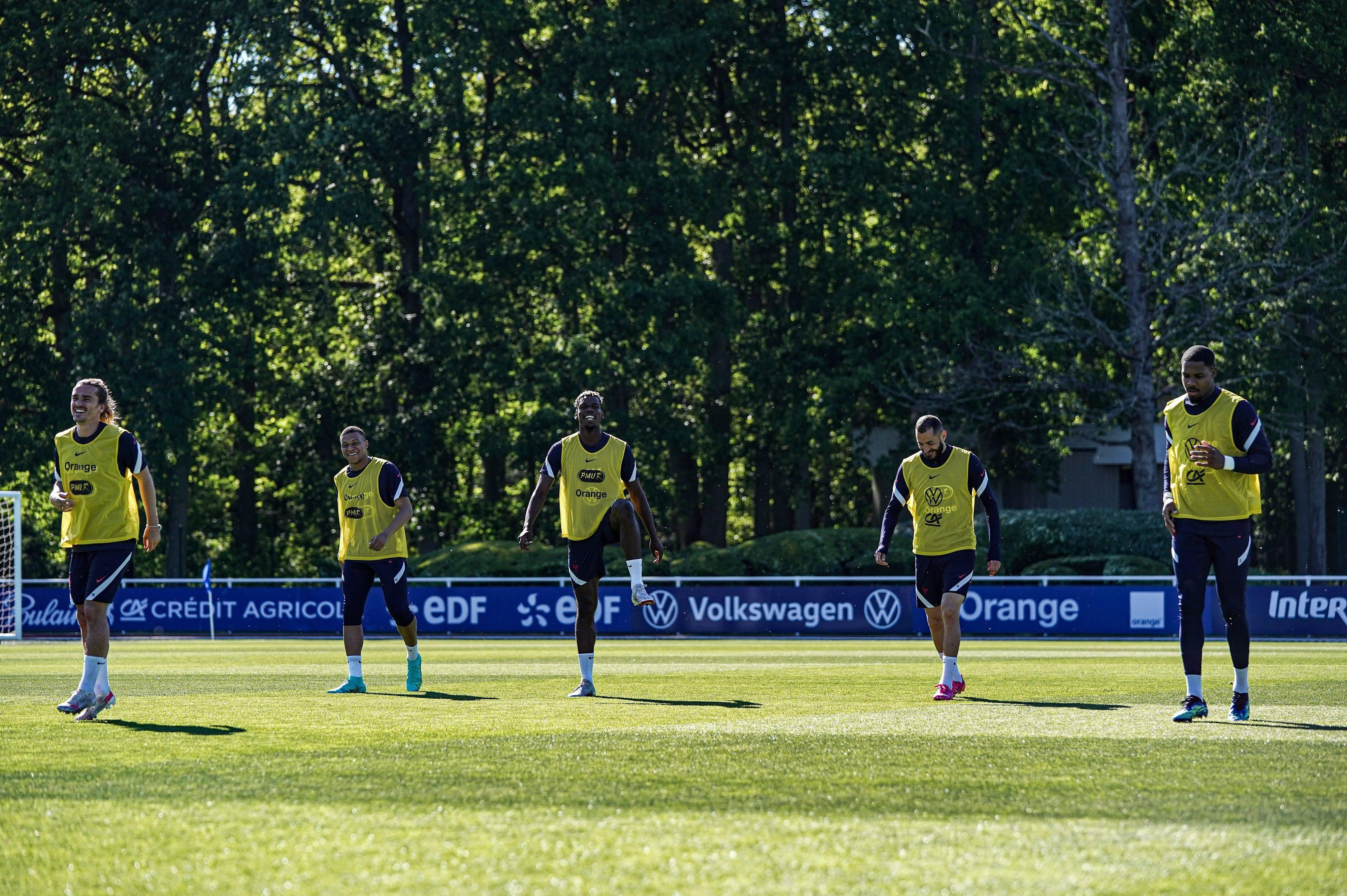 Antoine Griezmann Kylian Mbappé Paul Pogba Karim Benzema et Mike Maignan