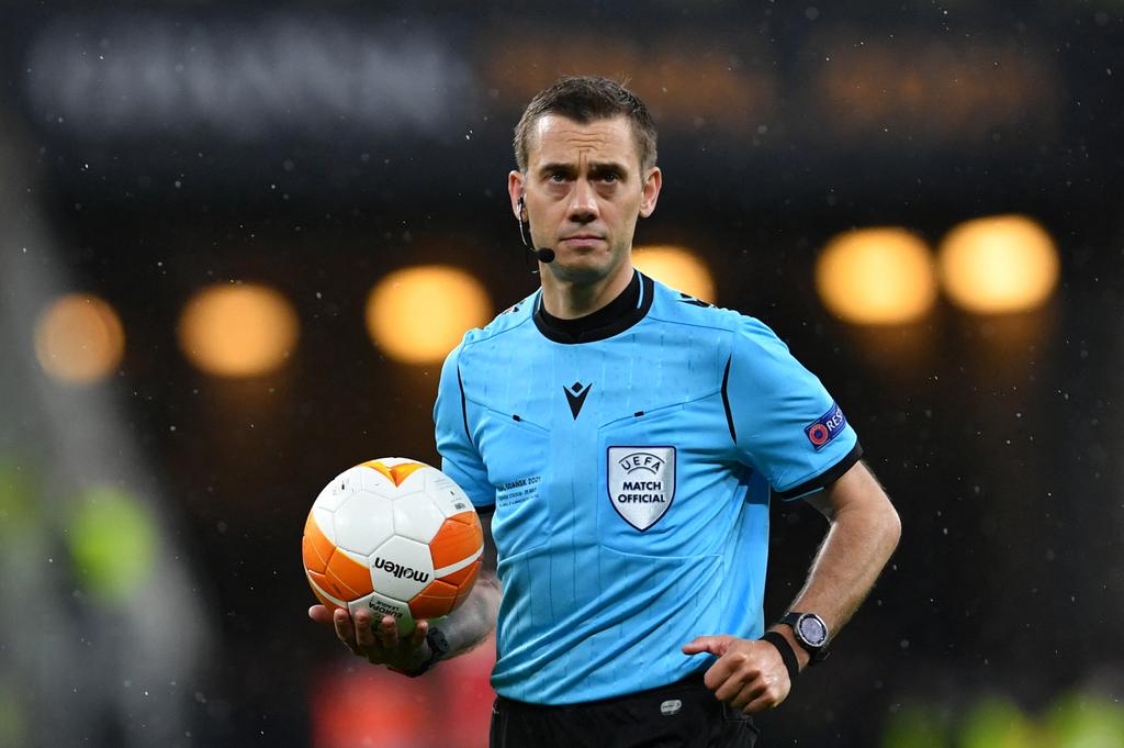 Clément Turpin finale de la Ligue Europa 2021