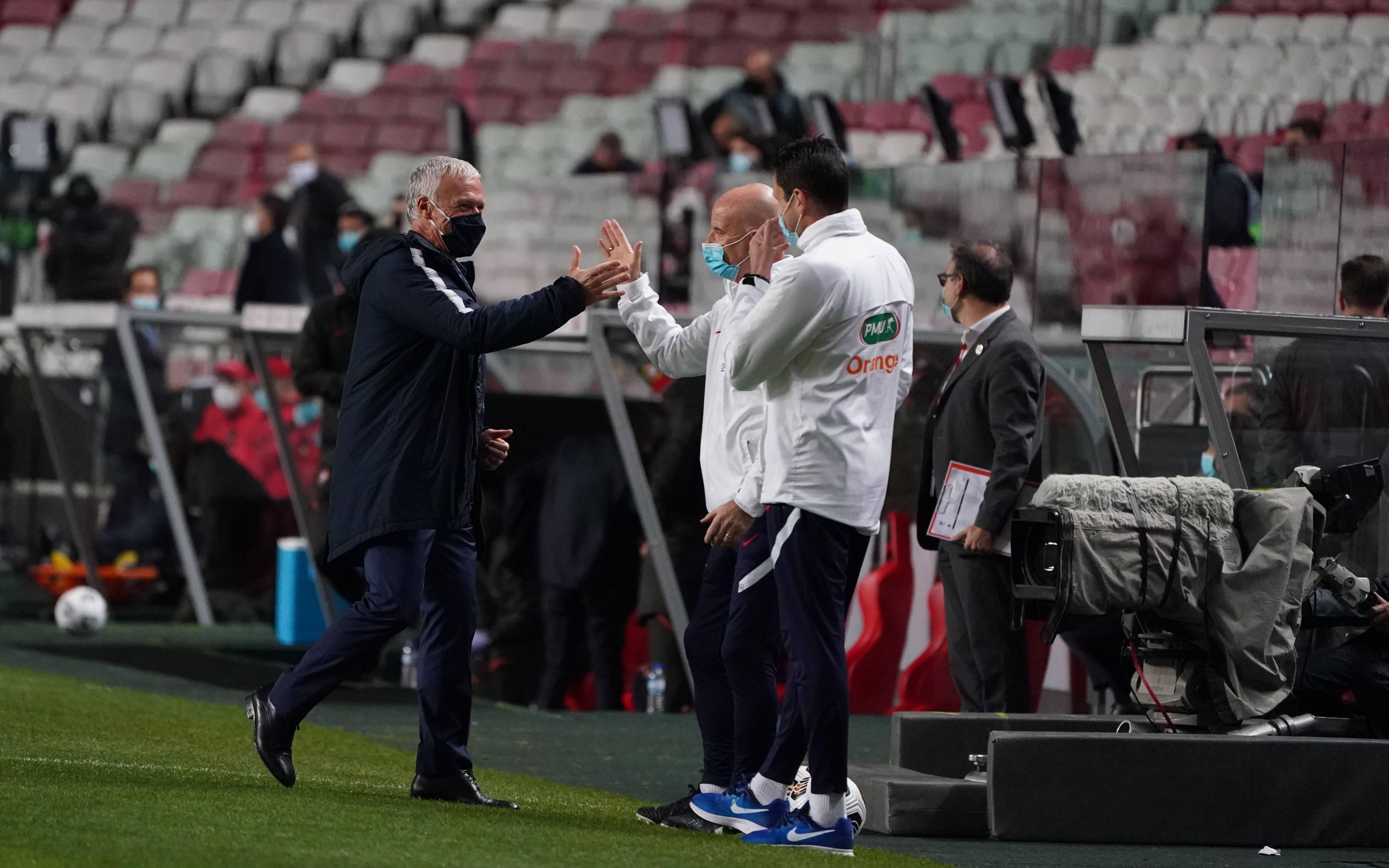 """EPISODE 3 : """"Merci les joueurs, merci mon staff"""""""
