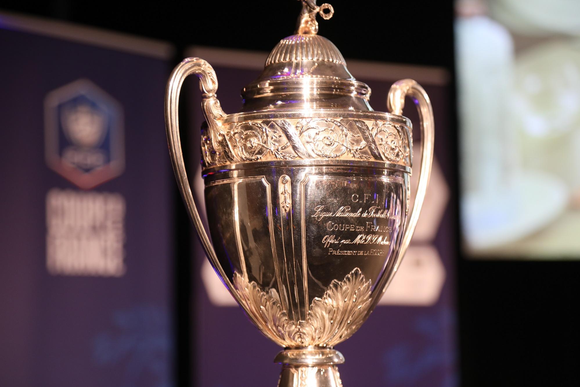 Les parcours des clubs de Ligue 1, Ligue 2, National et d'Outre-Mer