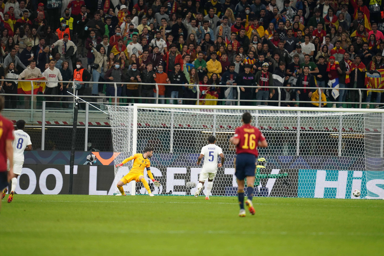Mikel Oyarzabal ouvre le score pour l'Espagne