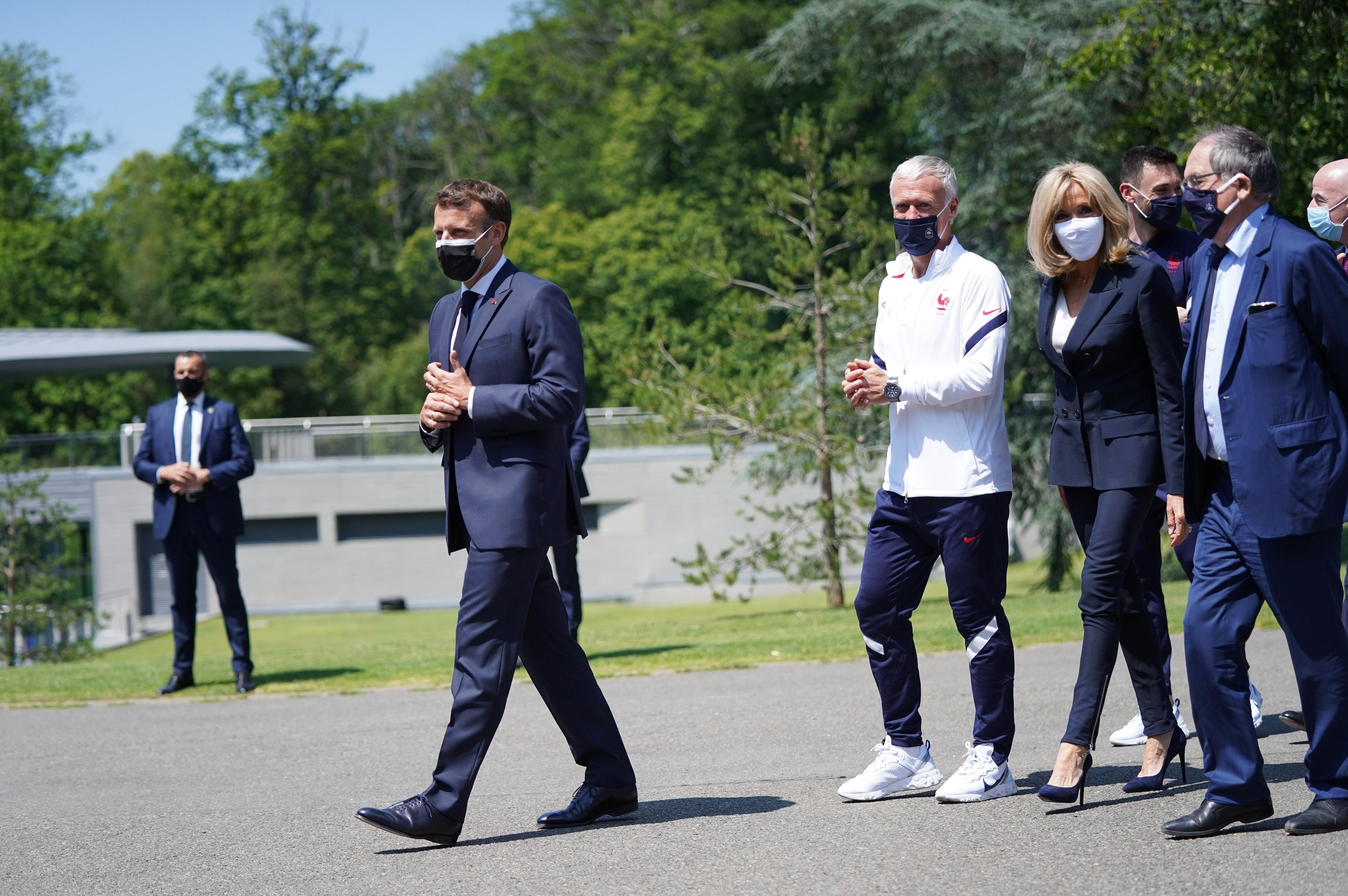 Emmanuel Macron visite Clairefontaine